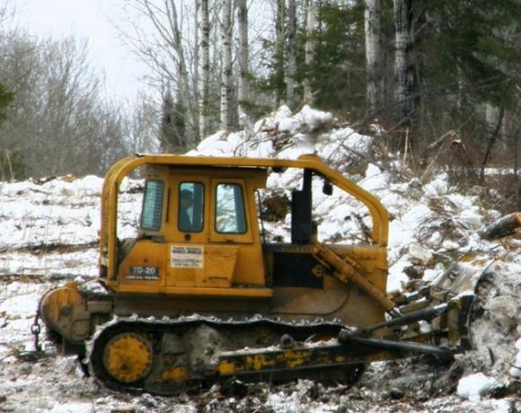 Tracteur lame tranchante (forêt privée)